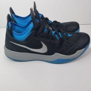 Nike zoom crusaders sneakers